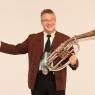 Ernst Solo mit Instrument